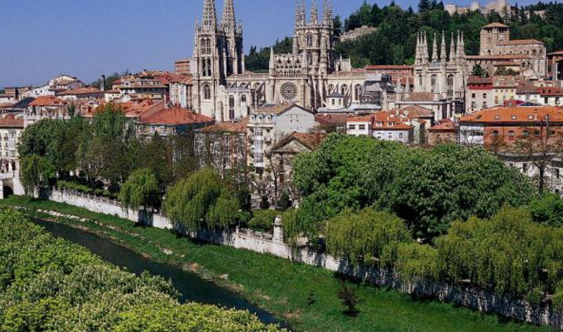 MINIBUS MICROBUS RENTAL FROM GIRONA TO BURGOS