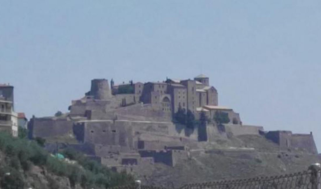 Travel excursion from Girona to Cardona
